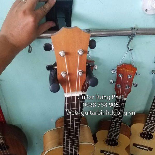 Bán giá treo đàn guitar loại dài - nhạc cụ hưng phát